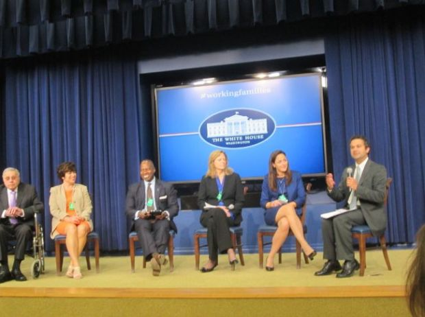 Scott (on the right) speaking on a panel discussion at the White House on work-family issues. (credit:fathersworkandfamilies.com)